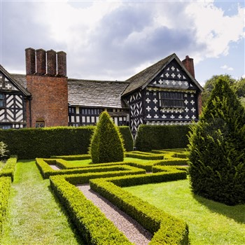 Historic Houses, Glorious Gardens & Railways